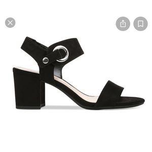 Bar III Birdie block heel
